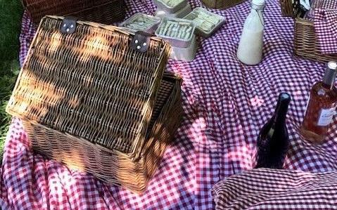 EVENEMENT : Pique-nique au Parc Monceau pour Chanel